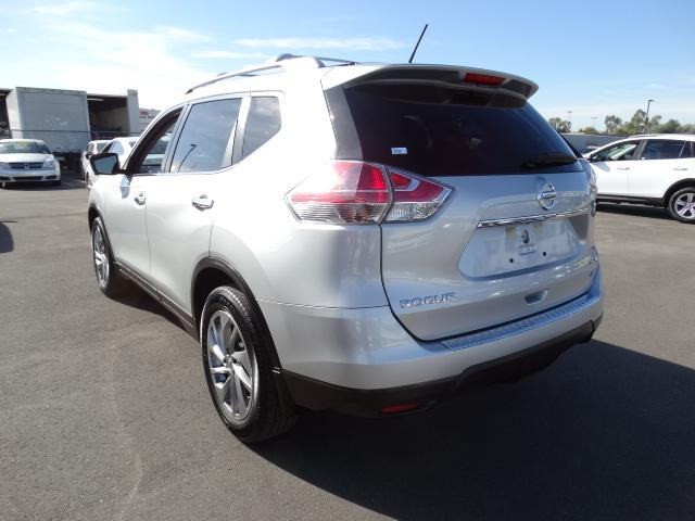 used 2014 nissan rogue sl stock 61112 chapman automotive group. Black Bedroom Furniture Sets. Home Design Ideas