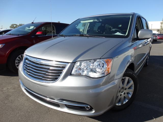 2014 Chrysler Town and Country 41627 miles VIN 2C4RC1BG0ER343824 For more information contact