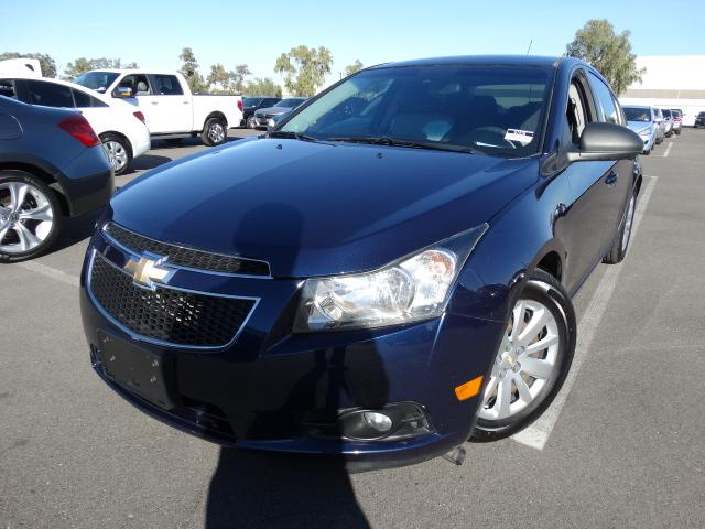 2011 Chevrolet Cruze 92527 miles VIN 1G1PC5SHXB7162419 For more information contact our inter