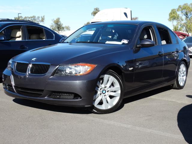 2006 BMW 3-Series Sdn 124505 miles VIN WBAVB13546PT03227 For more information contact our int
