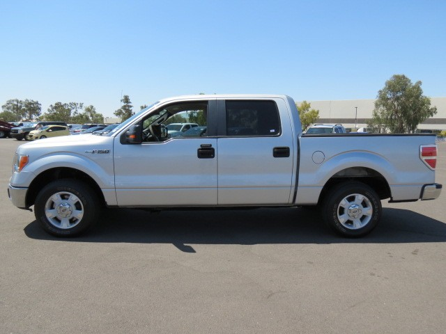 used 2010 ford f 150 xlt crew cab for sale stock 62727. Black Bedroom Furniture Sets. Home Design Ideas