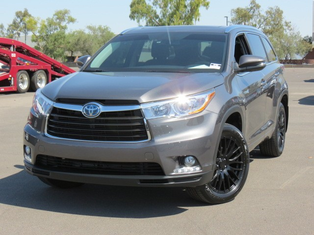 used 2015 toyota highlander hybrid limited platinum. Black Bedroom Furniture Sets. Home Design Ideas