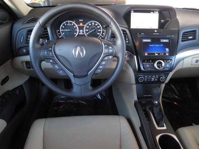 2017 Acura ILX Tech Pkg – Stock #A1701420