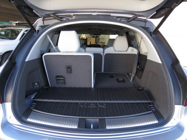 2017 Acura MDX AWD Tech Pkg RES – Stock #A1702130