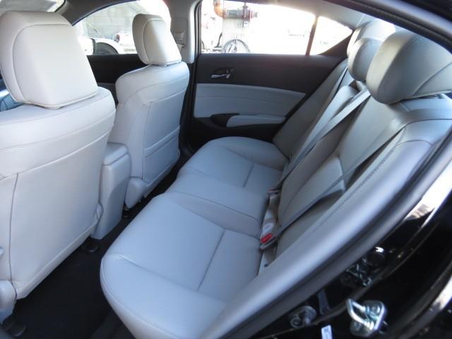 2017 Acura ILX  – Stock #A1702600