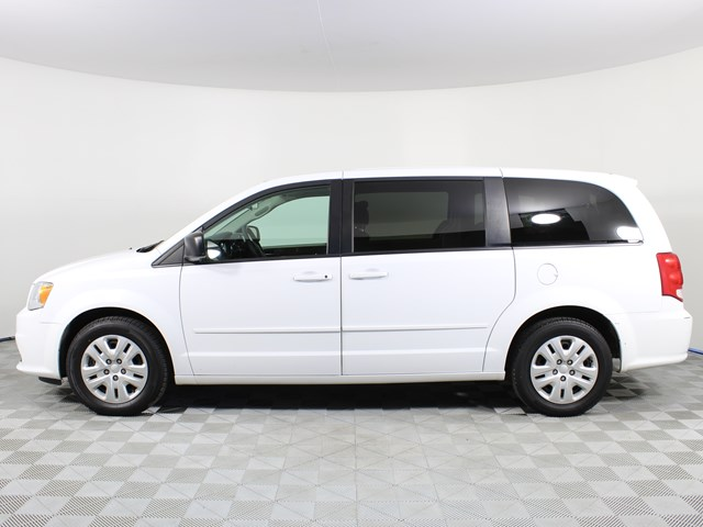Used 2017 Dodge Grand Caravan SE