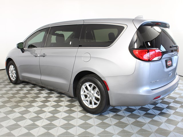 Used 2017 Chrysler Pacifica Touring