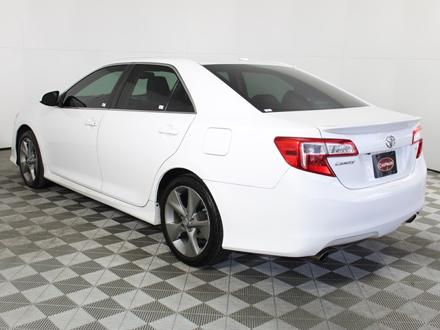 2012 Toyota Camry SE V6
