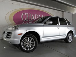View the 2008 Porsche Cayenne