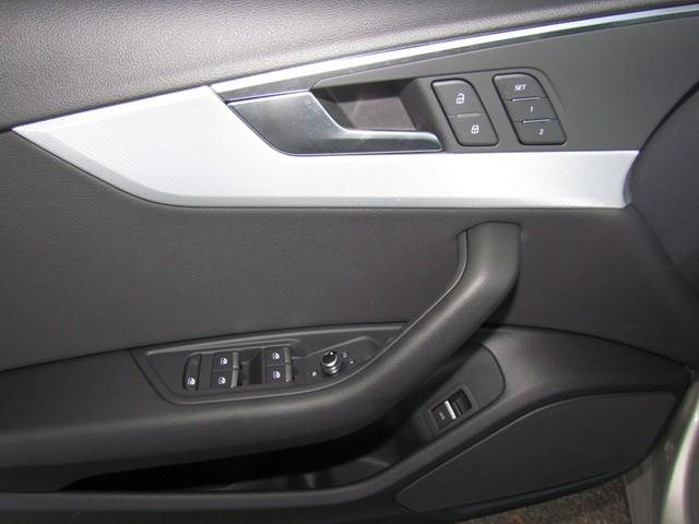2017 Audi A4 2.0T Premium – Stock #D1701680