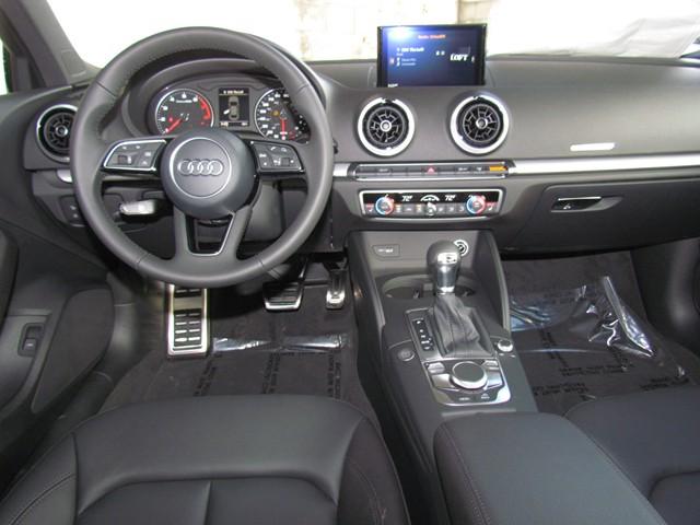 2017 Audi A3 2.0T Premium – Stock #D1702560