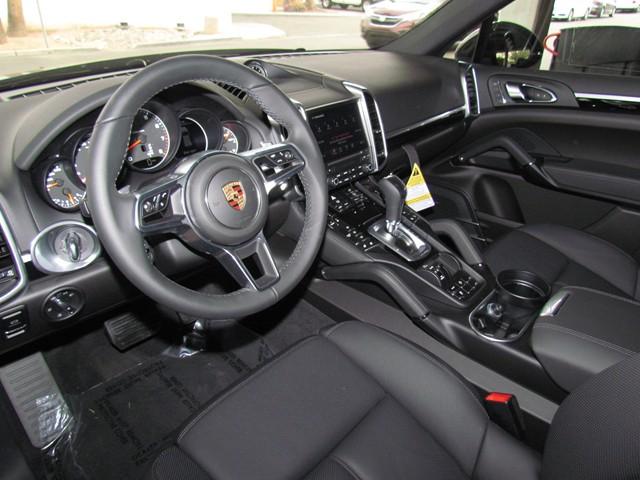 2017 Porsche Cayenne  – Stock #P1701000