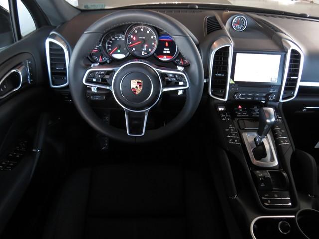 2017 Porsche Cayenne  – Stock #P1701230