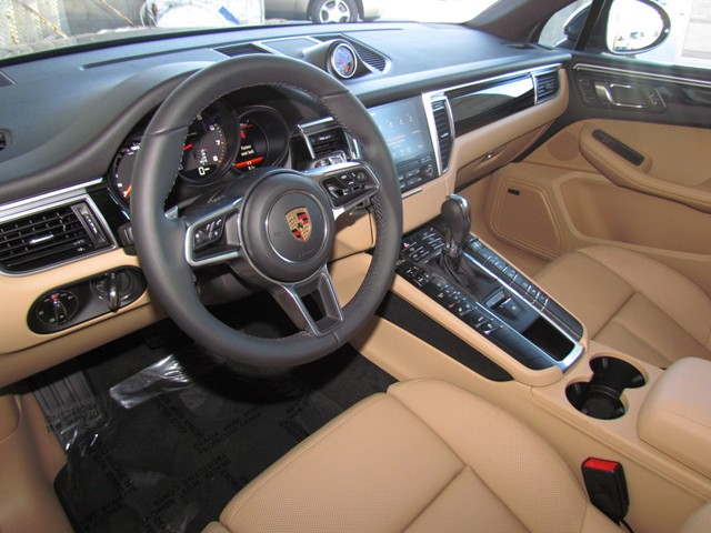 2017 Porsche Macan  – Stock #P1701260