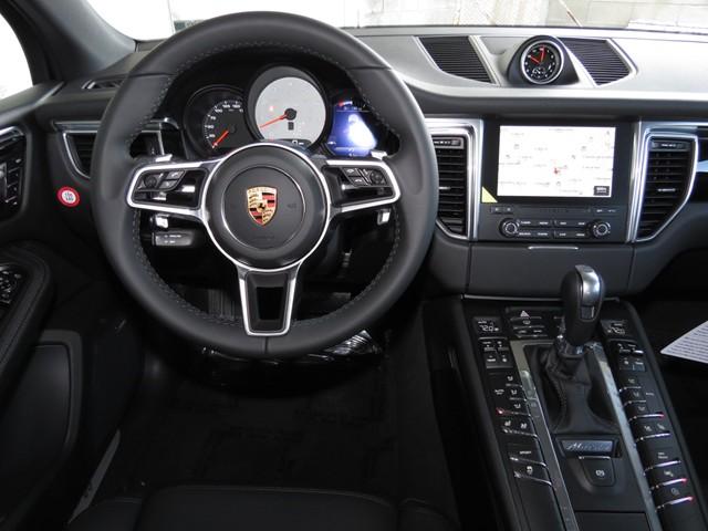 2017 Porsche Macan S – Stock #P1701320