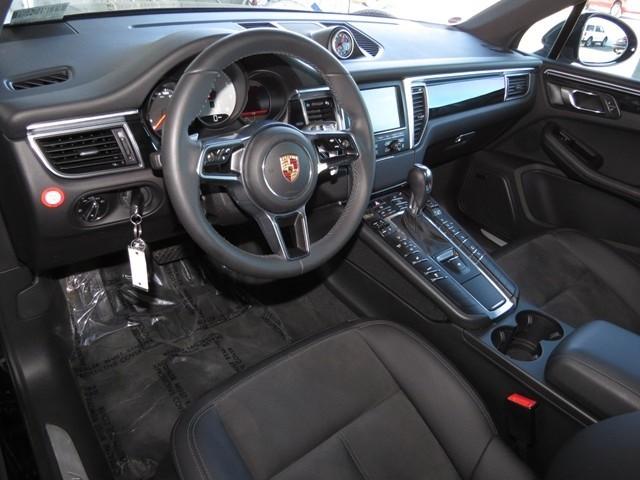 2015 Porsche Macan S – Stock #P1701540A