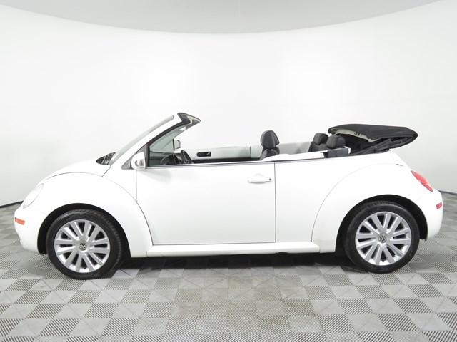 2009 Volkswagen New Beetle Convertible