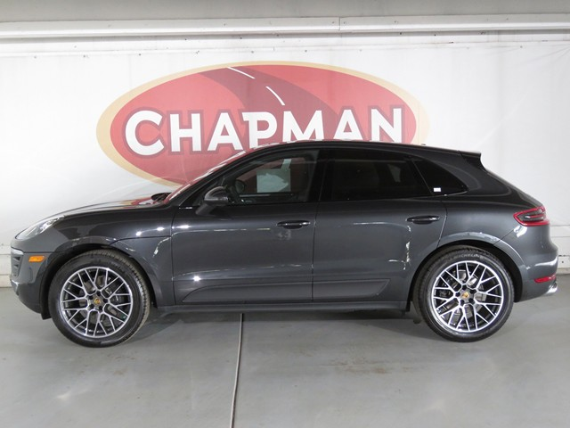 2018 Porsche Macan Sport