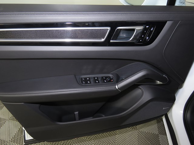 2021 Porsche Cayenne Turbo Coupe