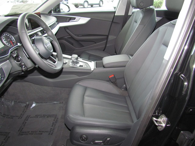 2017 Audi A4 2.0T Premium – Stock #D1700790