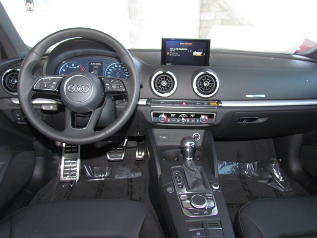 2017 Audi A3 2.0T Premium – Stock #D1702040