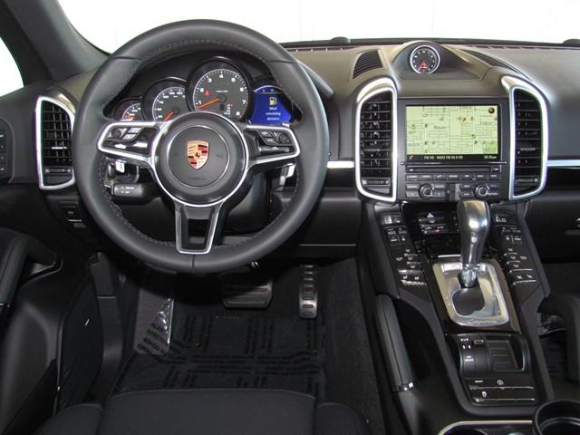 2016 Porsche Cayenne  – Stock #P1601660