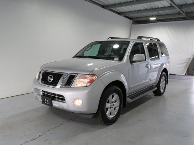 2012 Nissan Pathfinder SV