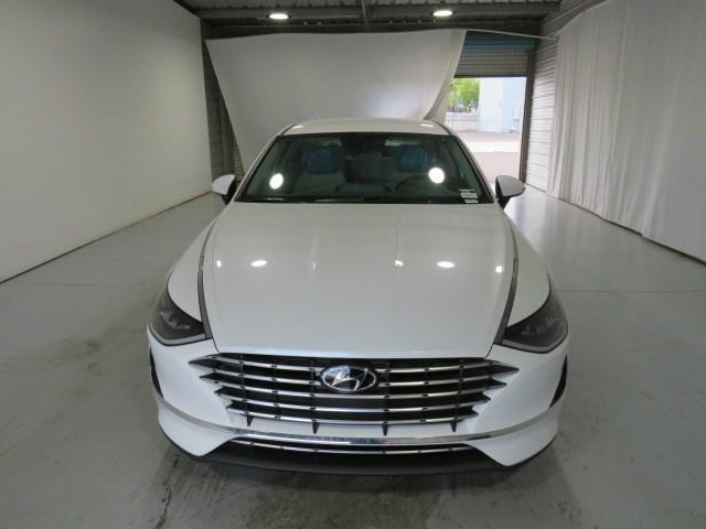 2022 Hyundai Sonata Hybrid Blue