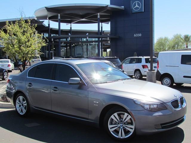 2009 BMW 5-Series 528xi Details