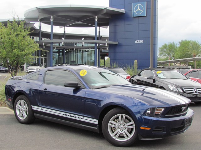 2012 Ford Mustang  Details