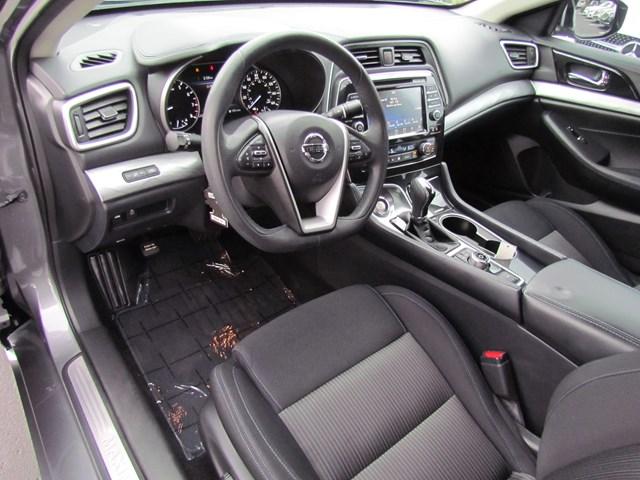 Used 2017 Nissan Maxima Platinum