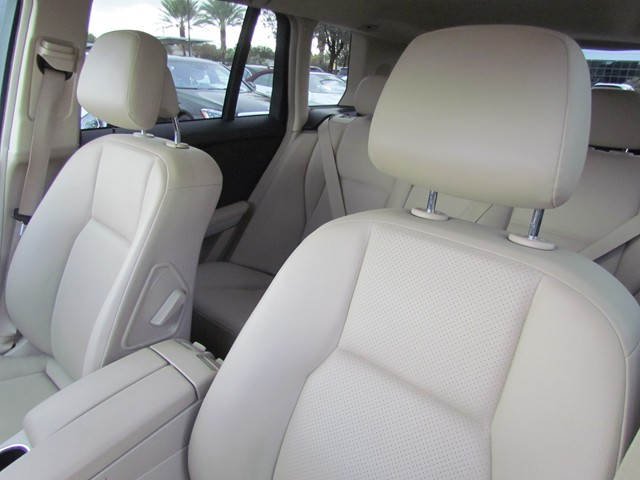 2010 Mercedes-Benz GLK 350 4MATIC