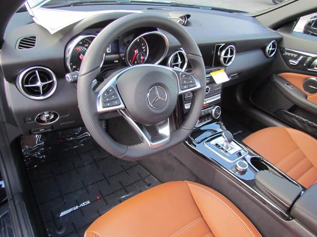 2020 Mercedes-Benz SLC 300 Roadster