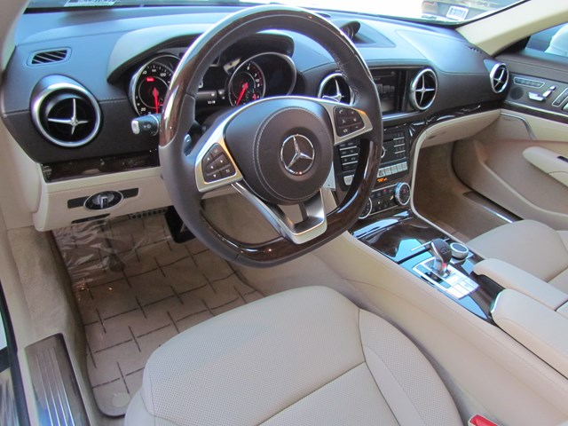 Certified Pre-Owned 2019 Mercedes-Benz SL-Class SL 550