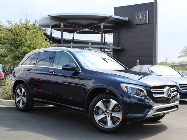 Certified Pre-Owned 2018 Mercedes-Benz GLC 300