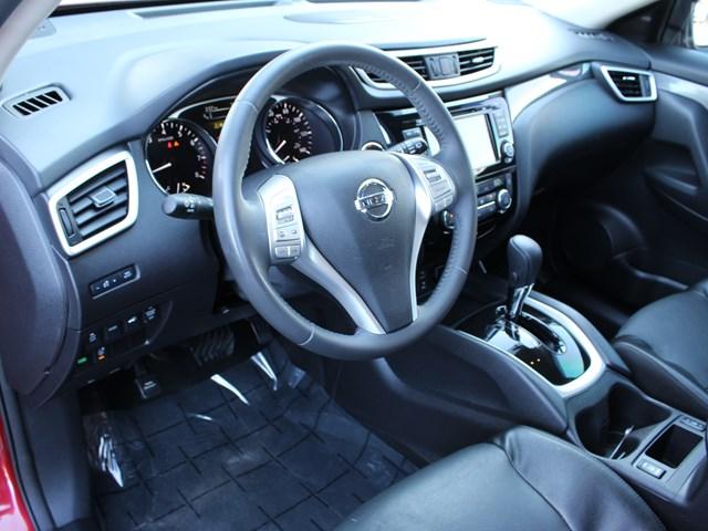 Used 2016 Nissan Rogue SL