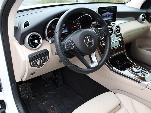 2017 Mercedes-Benz GLC-Class GLC 300