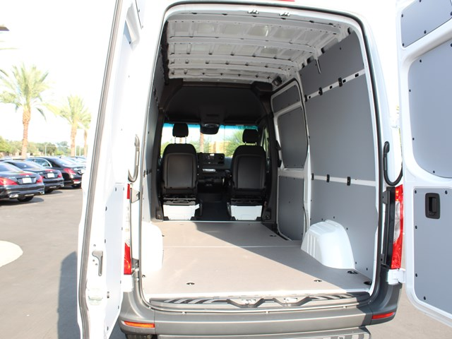2020 Mercedes-Benz Sprinter Cargo 2500