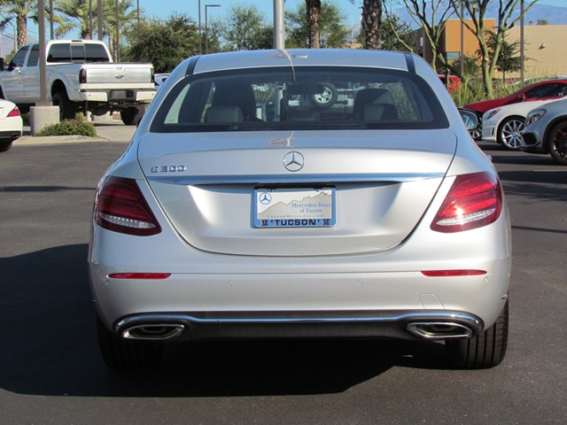 2017 Mercedes-Benz E-Class E 300 Sedan – Stock #M1702210