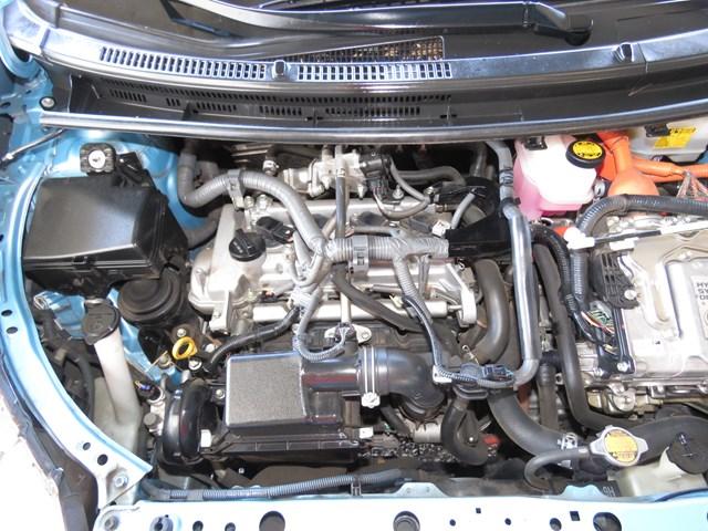2015 Toyota Prius c Three