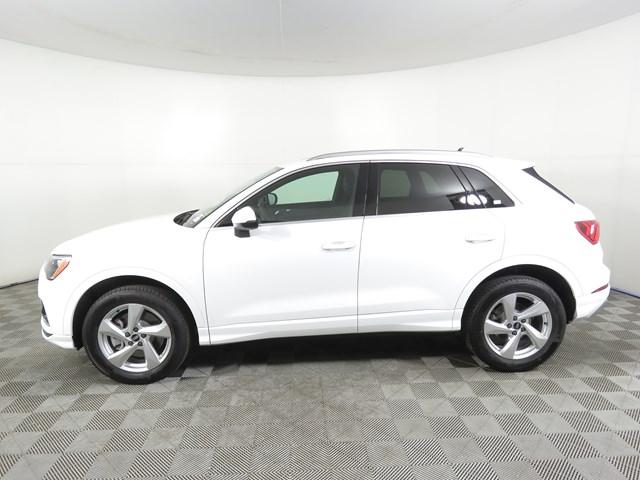 2021 Audi Q3 2.0T quattro Premium