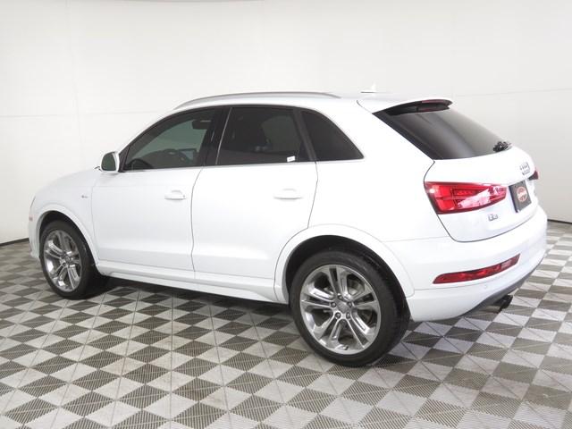 Certified Pre-Owned 2018 Audi Q3 2.0T quattro Prem Plus