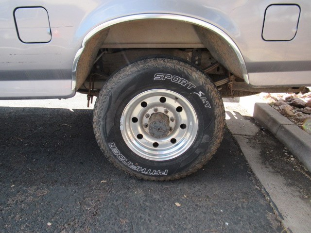 1996 Ford F-250 XL Extended Cab