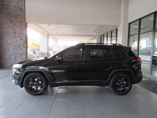 Used 2017 Jeep Cherokee Sport Altitude