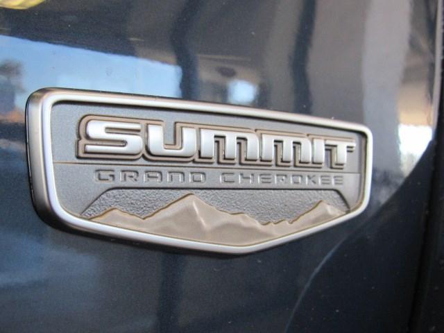 New 2021 Jeep Grand Cherokee Summit
