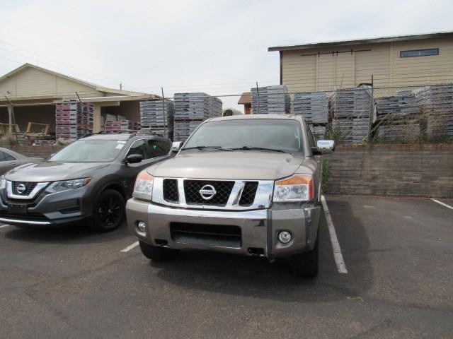 Used 2009 Nissan Titan LE Crew Cab