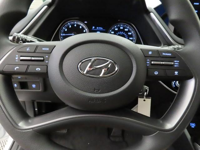 2022 Hyundai Sonata SE