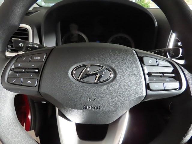 2022 Hyundai Venue SE