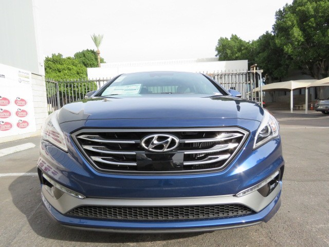 2017 hyundai sonata limited 2 0t phoenix az stock 7h0583 chapman hyundai in scottsdale. Black Bedroom Furniture Sets. Home Design Ideas