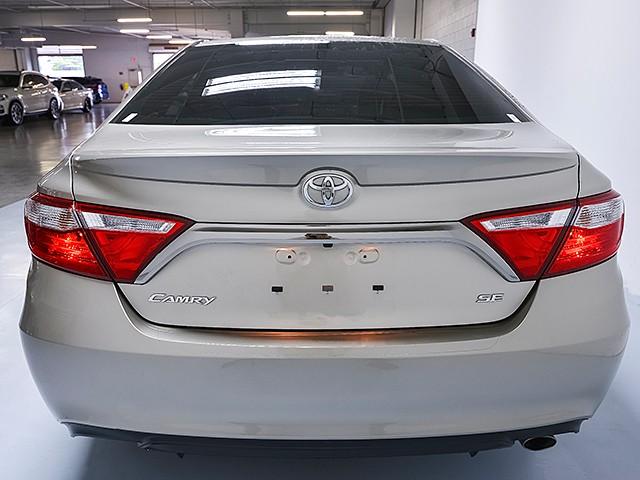 2016 Toyota Camry SE – Stock #P12151